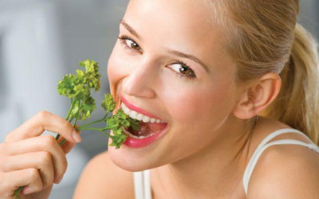 Halenă, halitoză sau respirație urât mirositoare – cauze și tratament – Blog Oralix